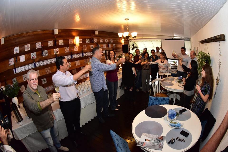 Encontro de lojistas, parceiros e imprensa para lançamento da DWalk na Provence Casa de Chás, em São José (2/8/2016) Foto: Gilberto Freitas
