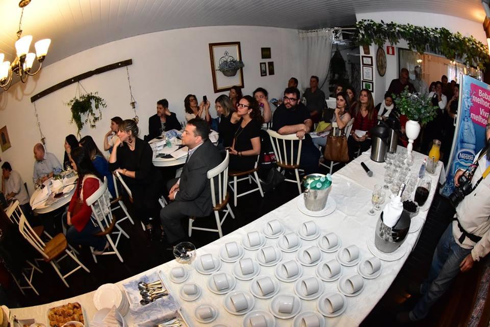 Encontro de lojistas, parceiros e imprensa para lançamento da DWalk na Provence Casa de Chás, em São José (2/8/2016) Foto:Gilberto Freitas