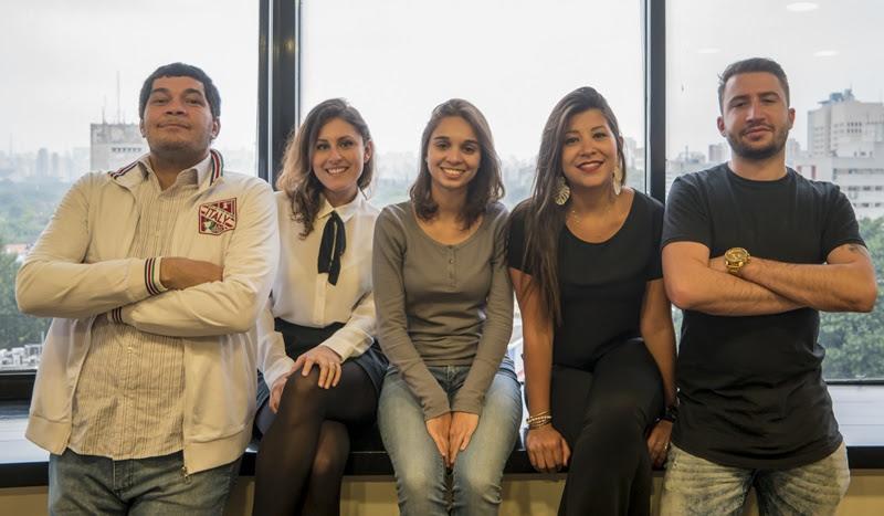 Da esquerda para a direita: Giulianno de Lollo, Susy Madrigal, Laura Dourado, Ana Karla Cunha e Victor Venturini